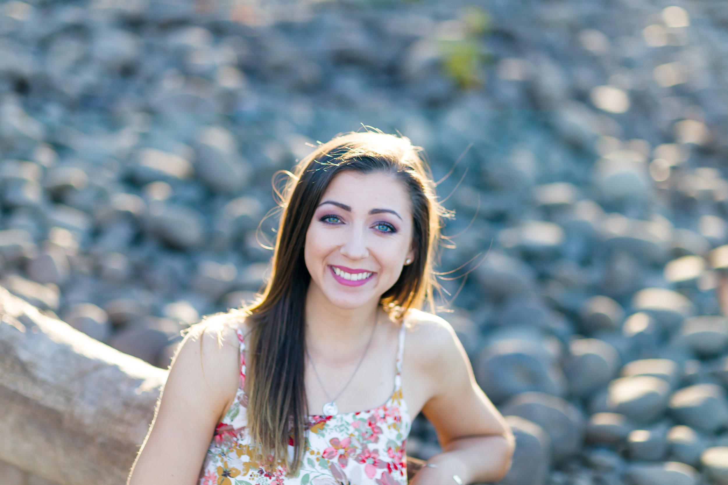 Catie Graduation Pictures Portland Oregon-27.jpg