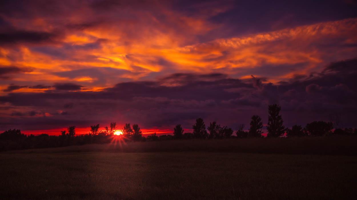 SUNSET.KS.060619.v2-1.jpg