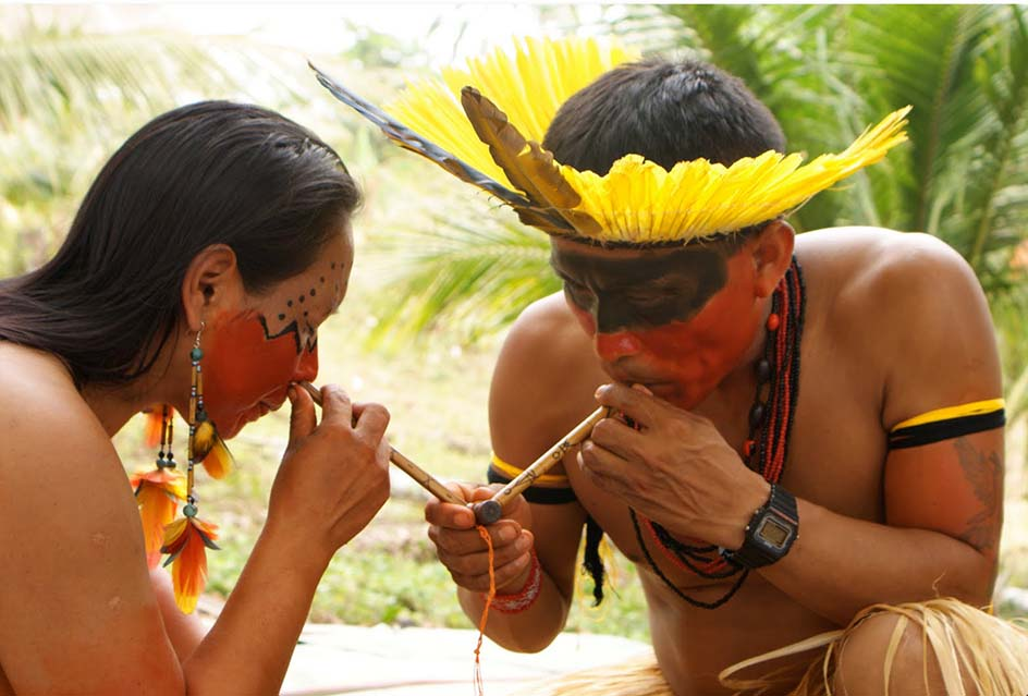 Traditional use of the Tobacco snuff. Photo: shamanicsnuff.com