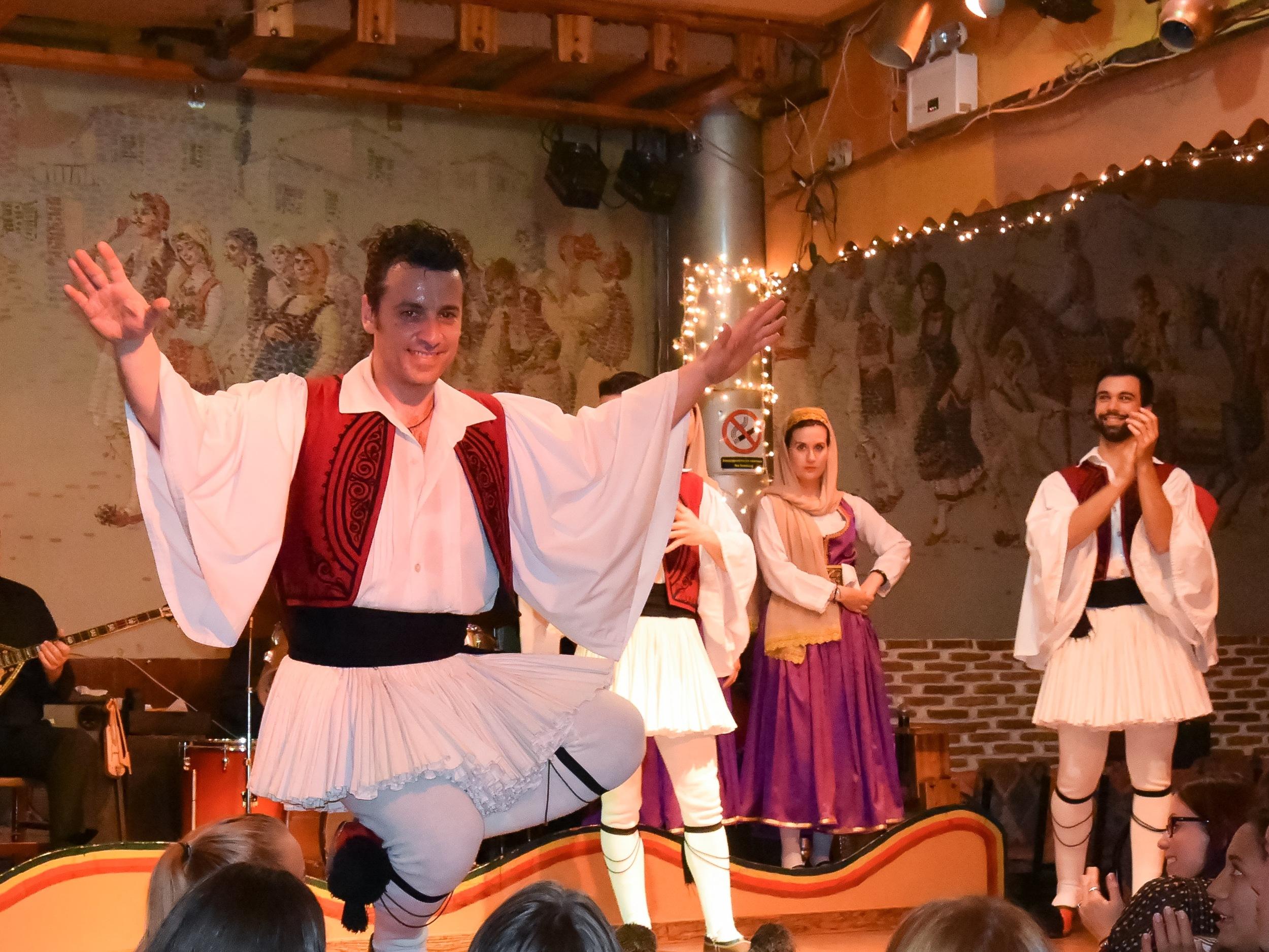 Marinos dancer