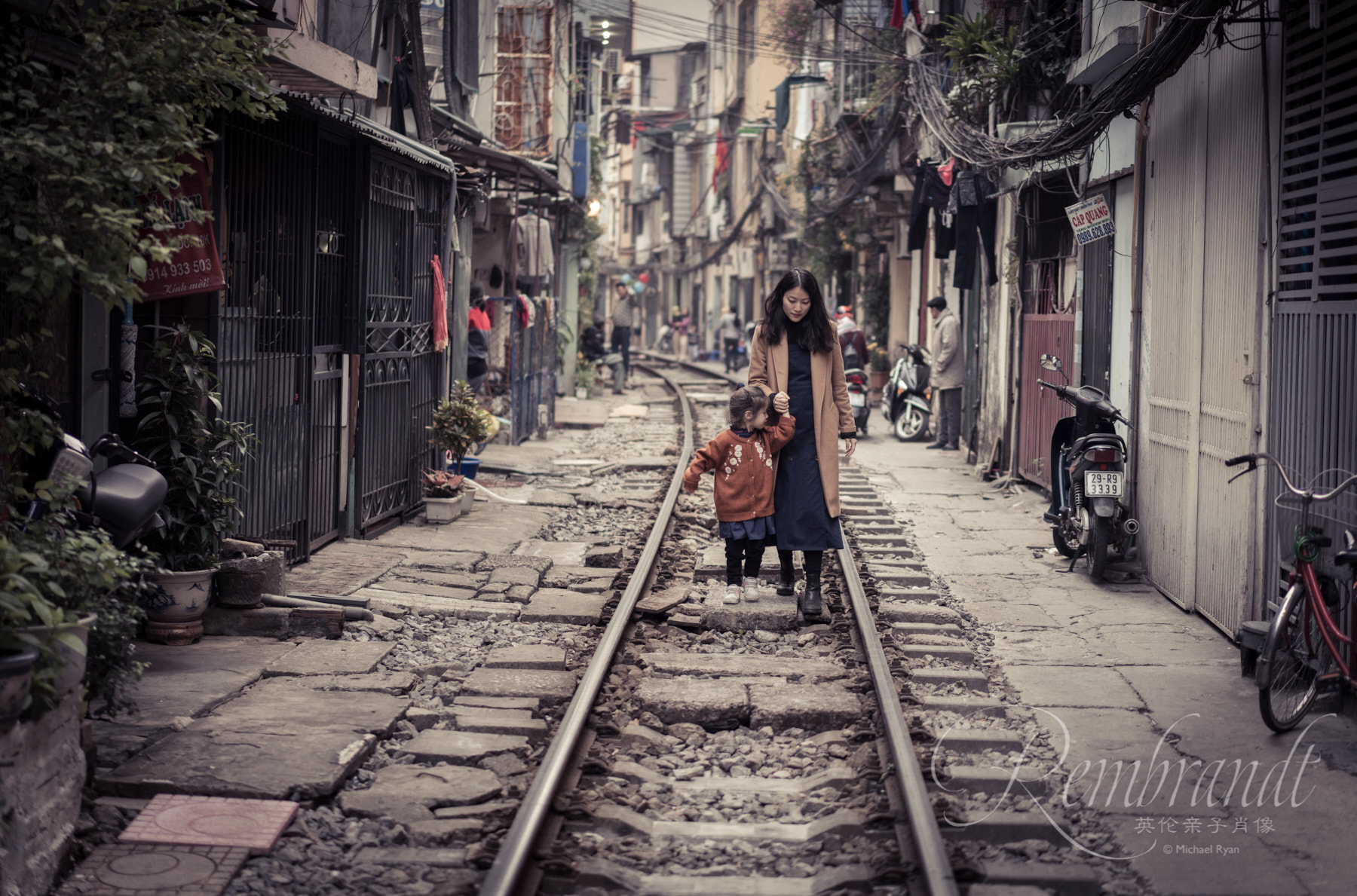 These tracks in Hanoi are special as there are only two trains a day so it was safe for us to walk along them at that hour. But usually it's quite a dangerous thing to do and every year many people die, so be careful.