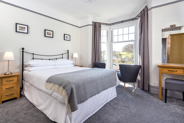 skiddawcroft_room_3_bed.jpg
