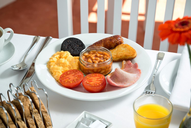 skiddawcroft_BreakfastRoom_breakfast.jpg