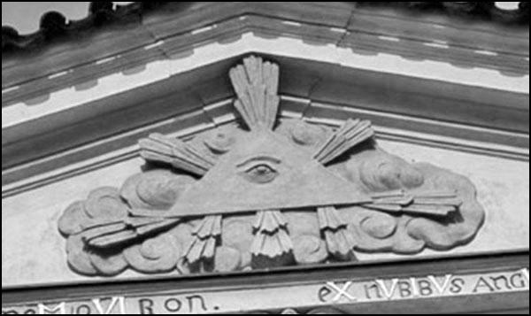 Masonic pediment