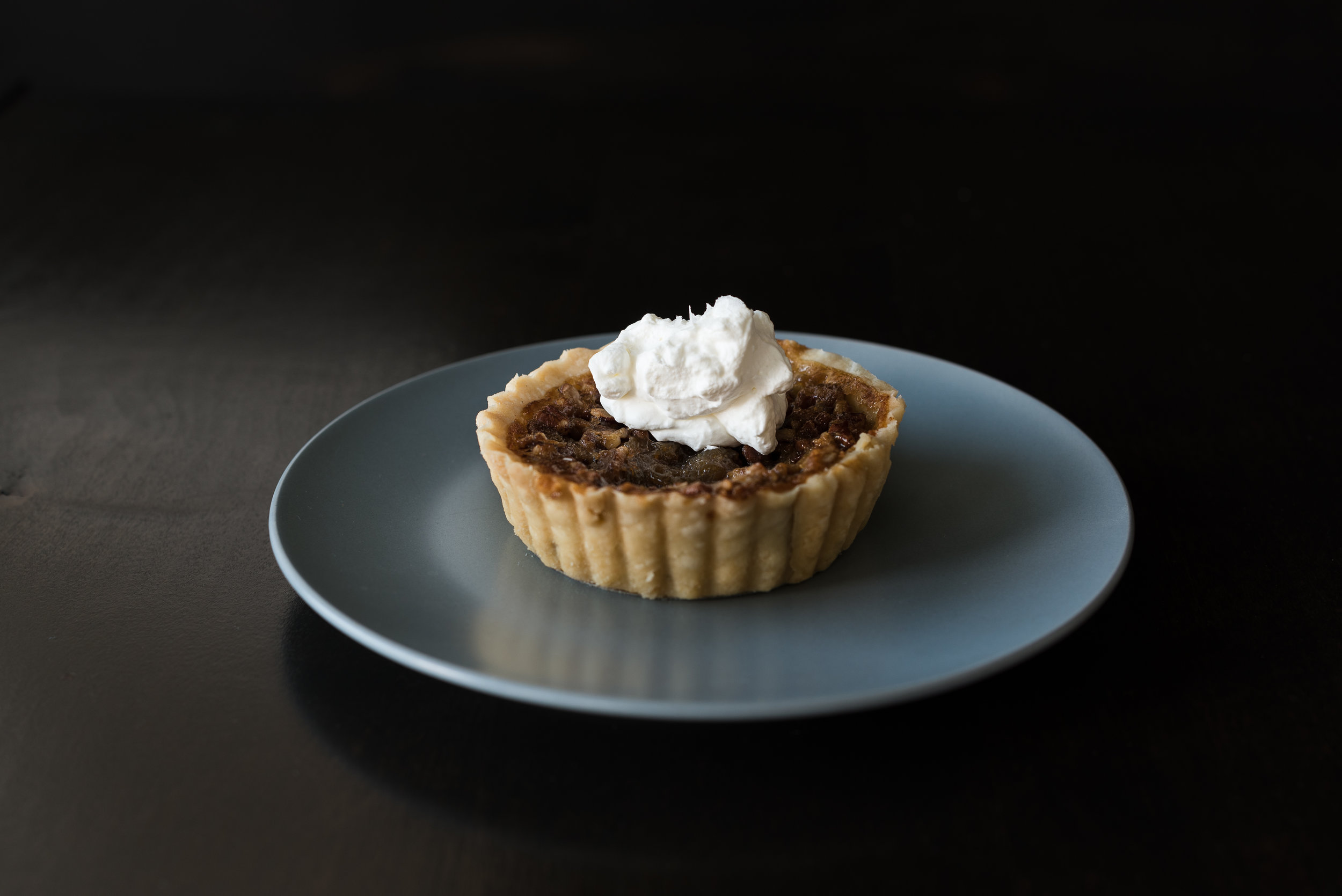 Pecan pie with salted whip (Caroline's mother's recipe)