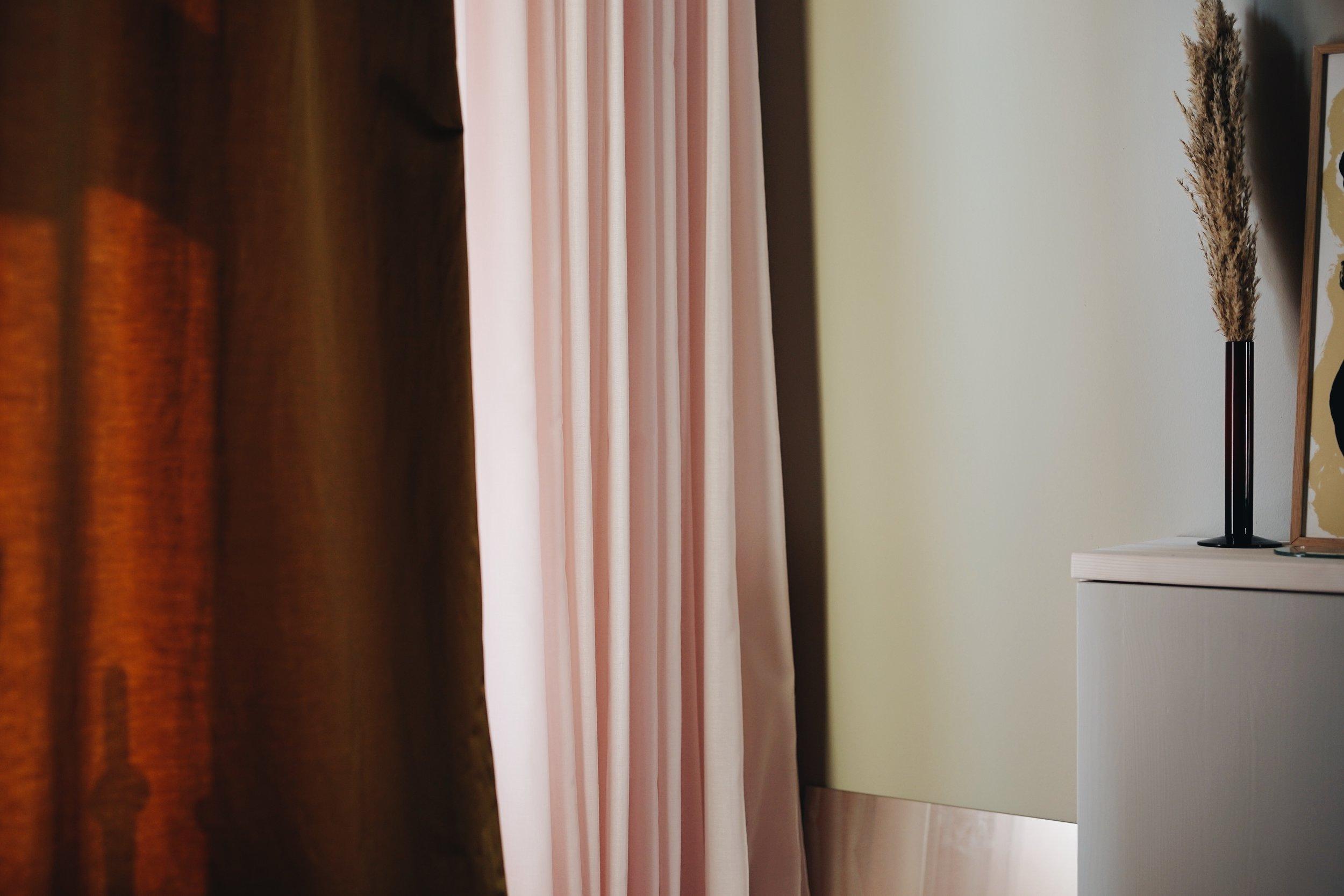 ASROSENVINGE_Arne Aksel_Curtains_Frederiksberg_Home-34.JPG