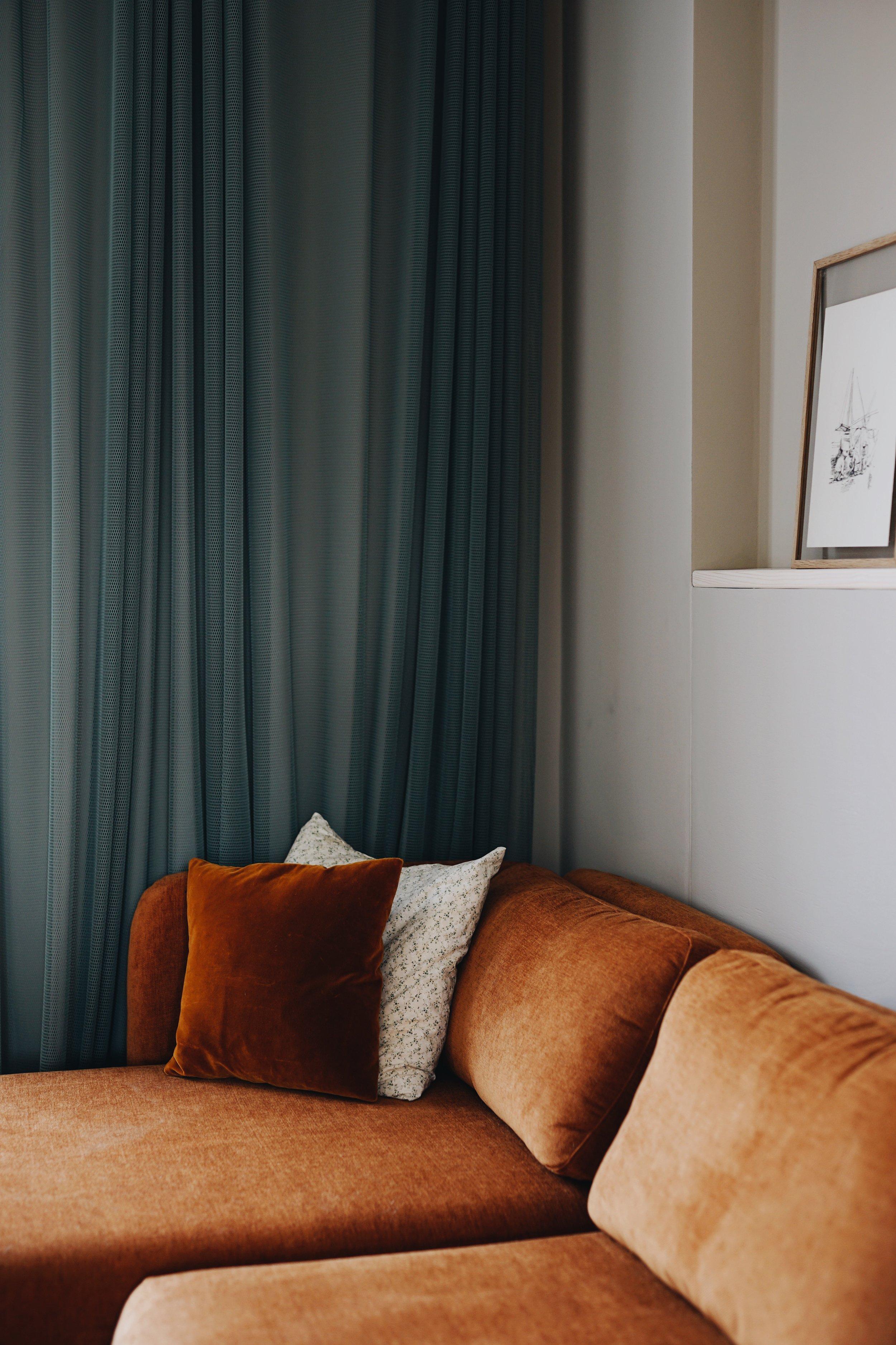 ASROSENVINGE_Arne Aksel_Curtains_Frederiksberg_Home-25.JPG