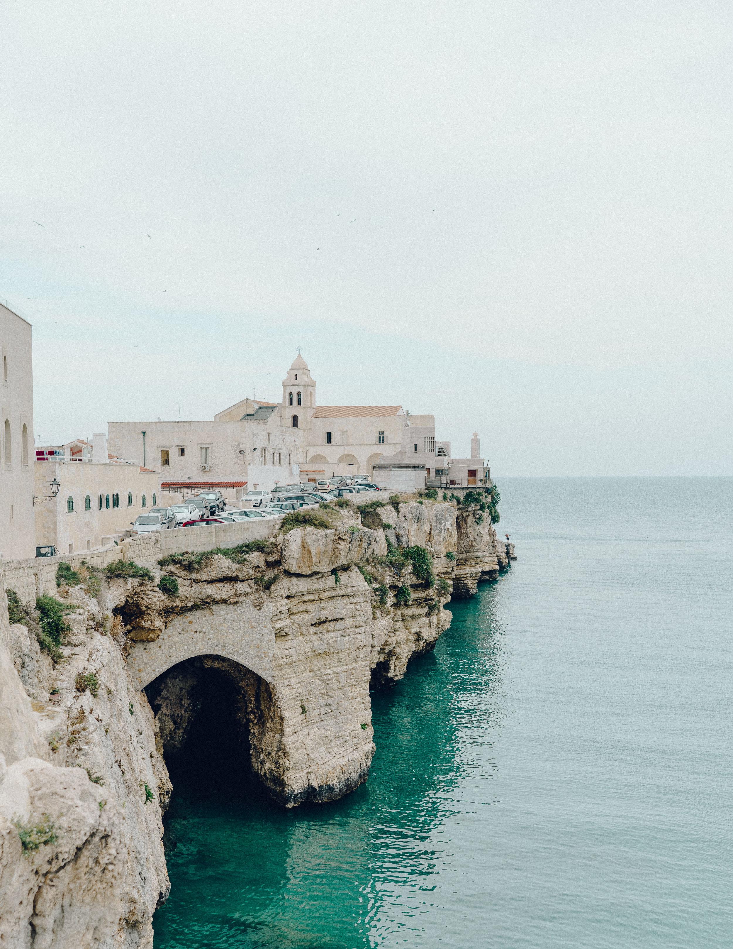 ASROSENVINGE_Roadtrip_Italy_Vieste-06692.jpg