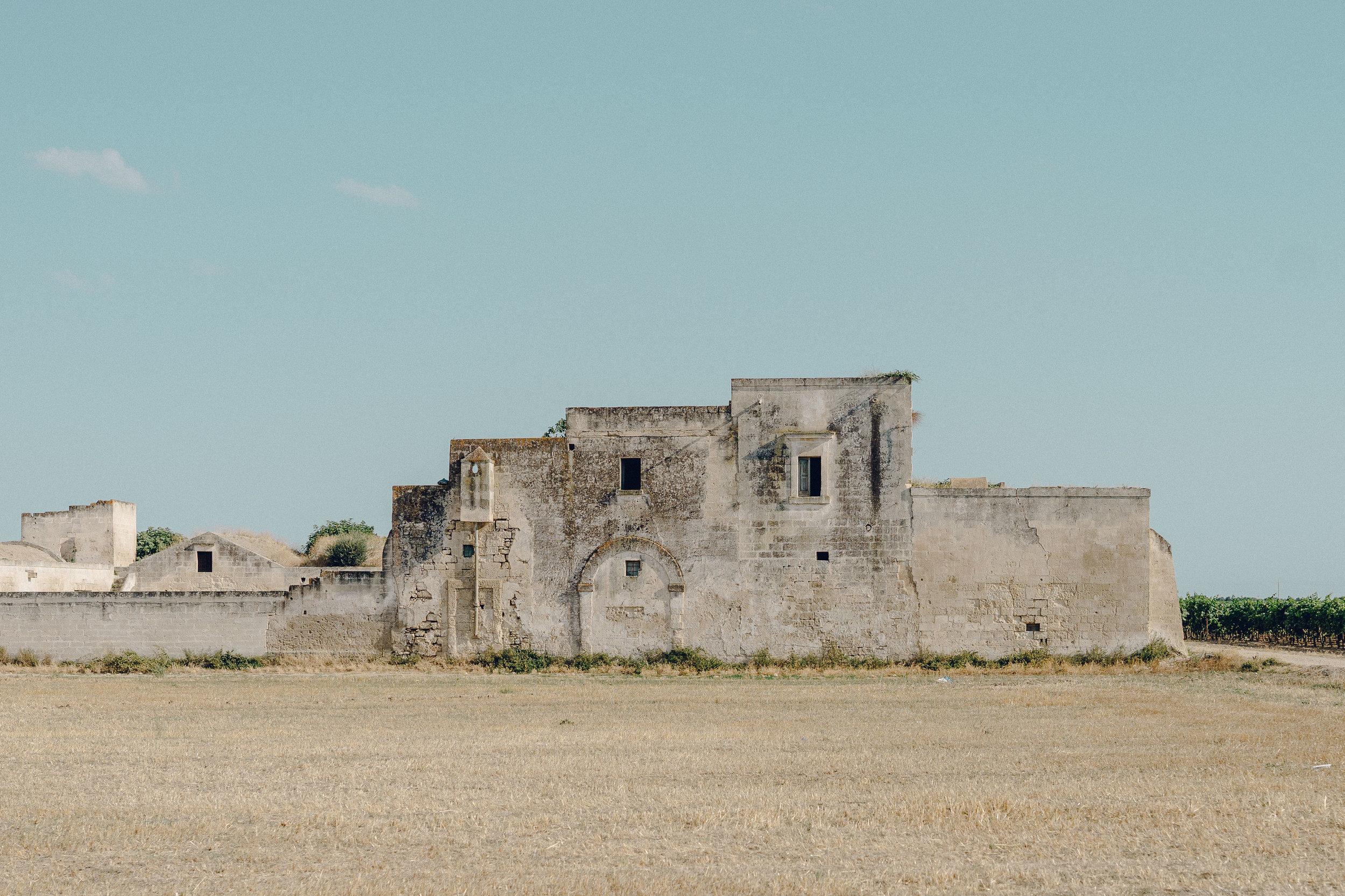 ASROSENVINGE_Roadtrip_Italy_Puglia_Abandoned_House_Farm-07177.jpg
