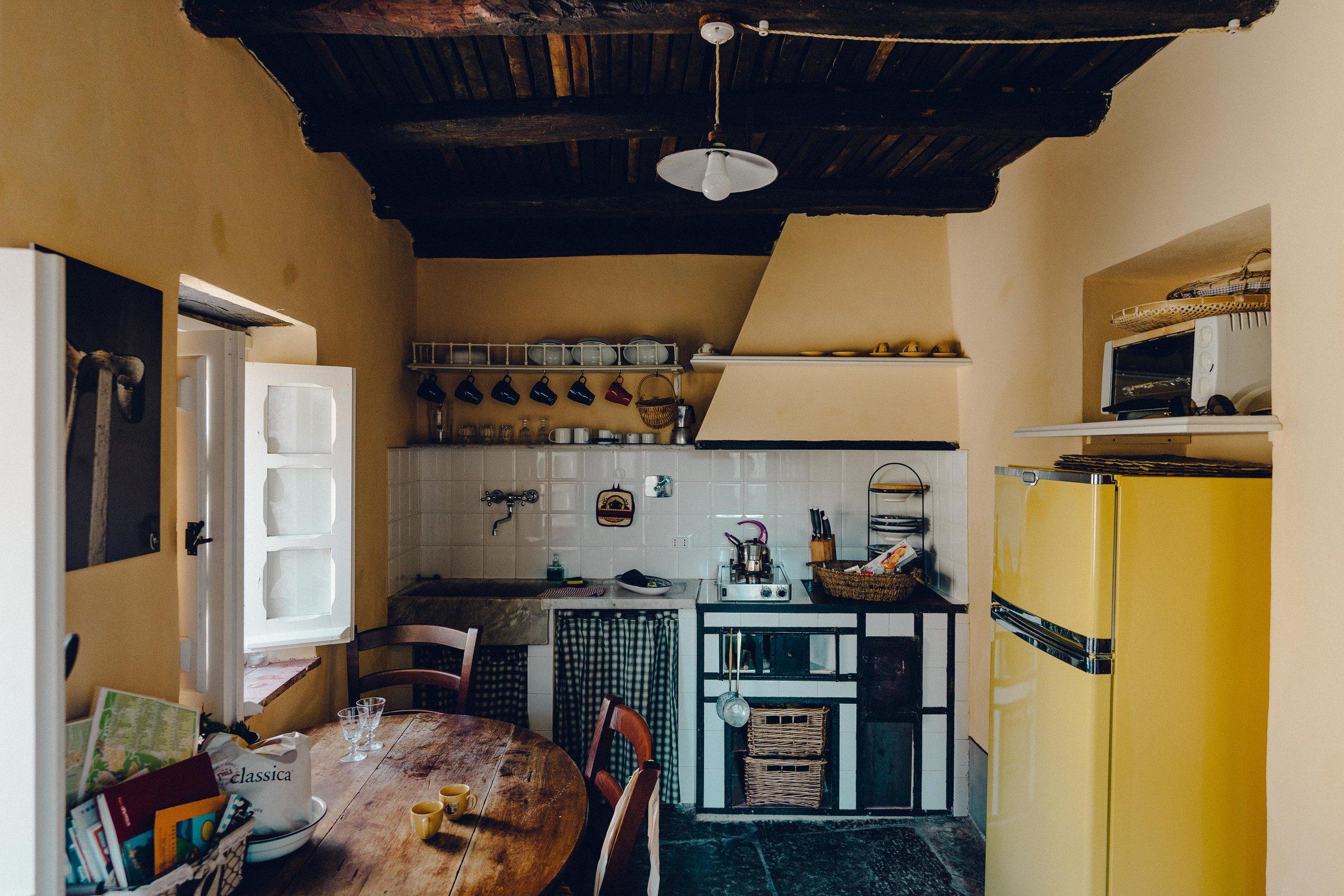 ASROSENVINGE_Roadtrip_Italy_Cinque_Terre_Caste-07749.jpg