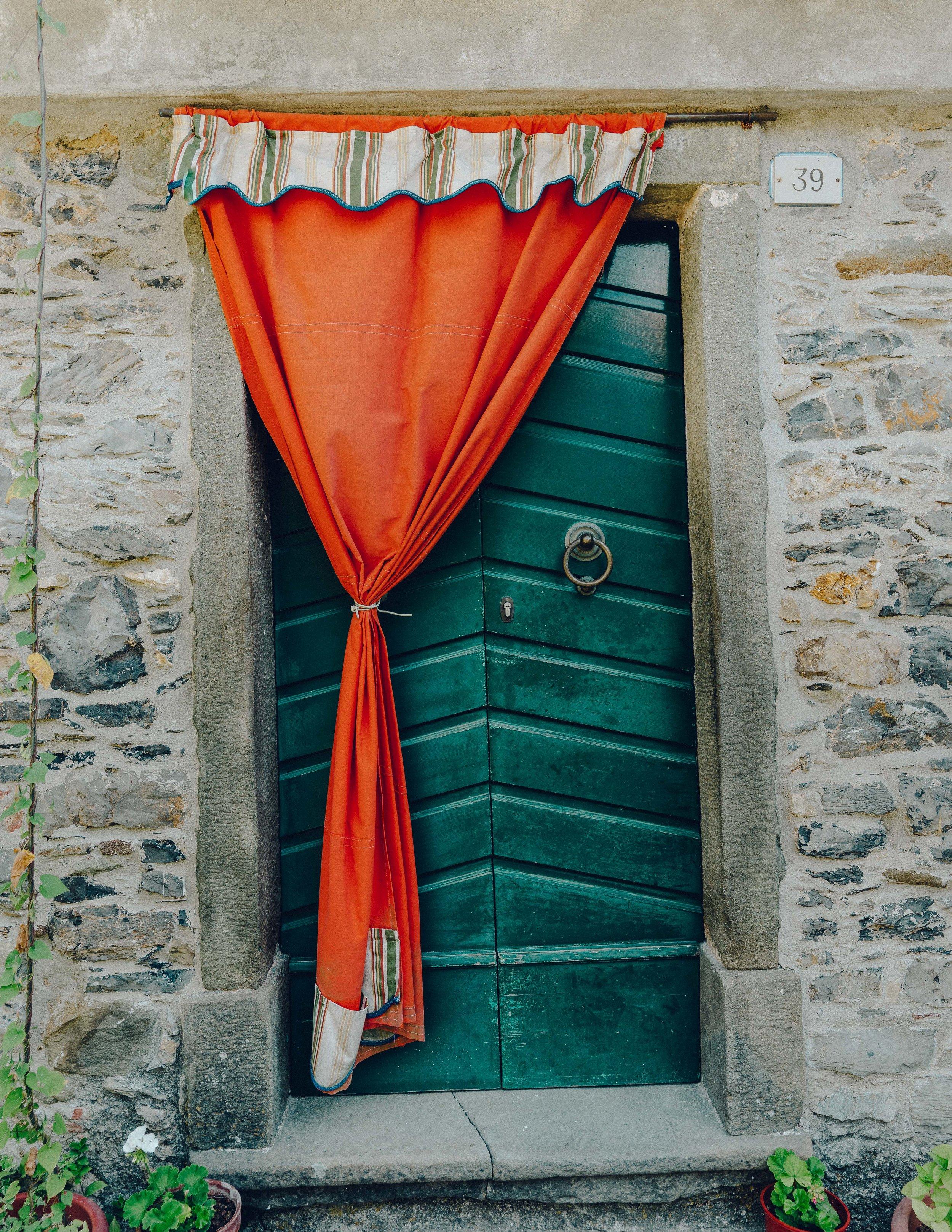 ASROSENVINGE_Roadtrip_Italy_Cinque_Terre_Caste-07769.jpg