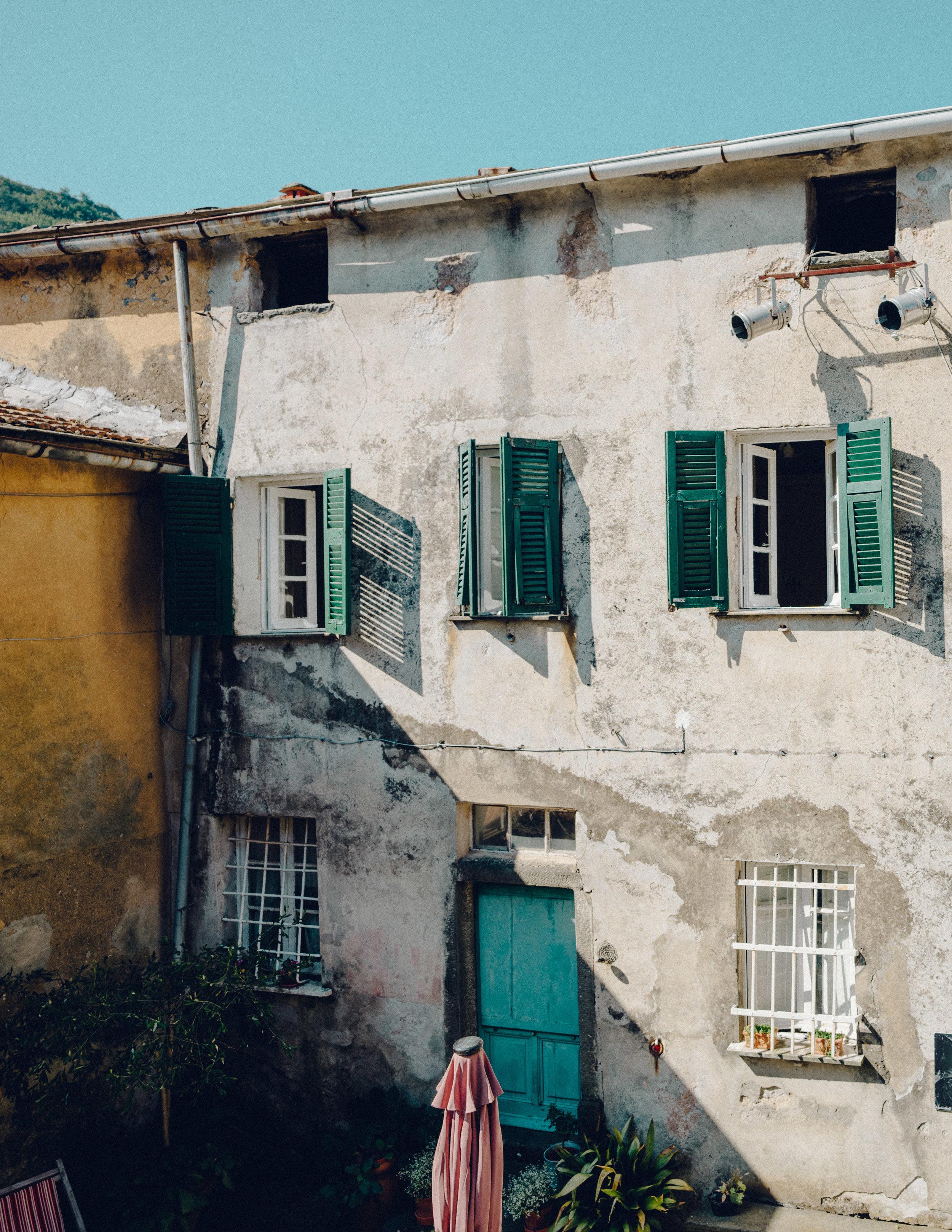 ASROSENVINGE_Roadtrip_Italy_Cinque_Terre_Caste-07747.jpg