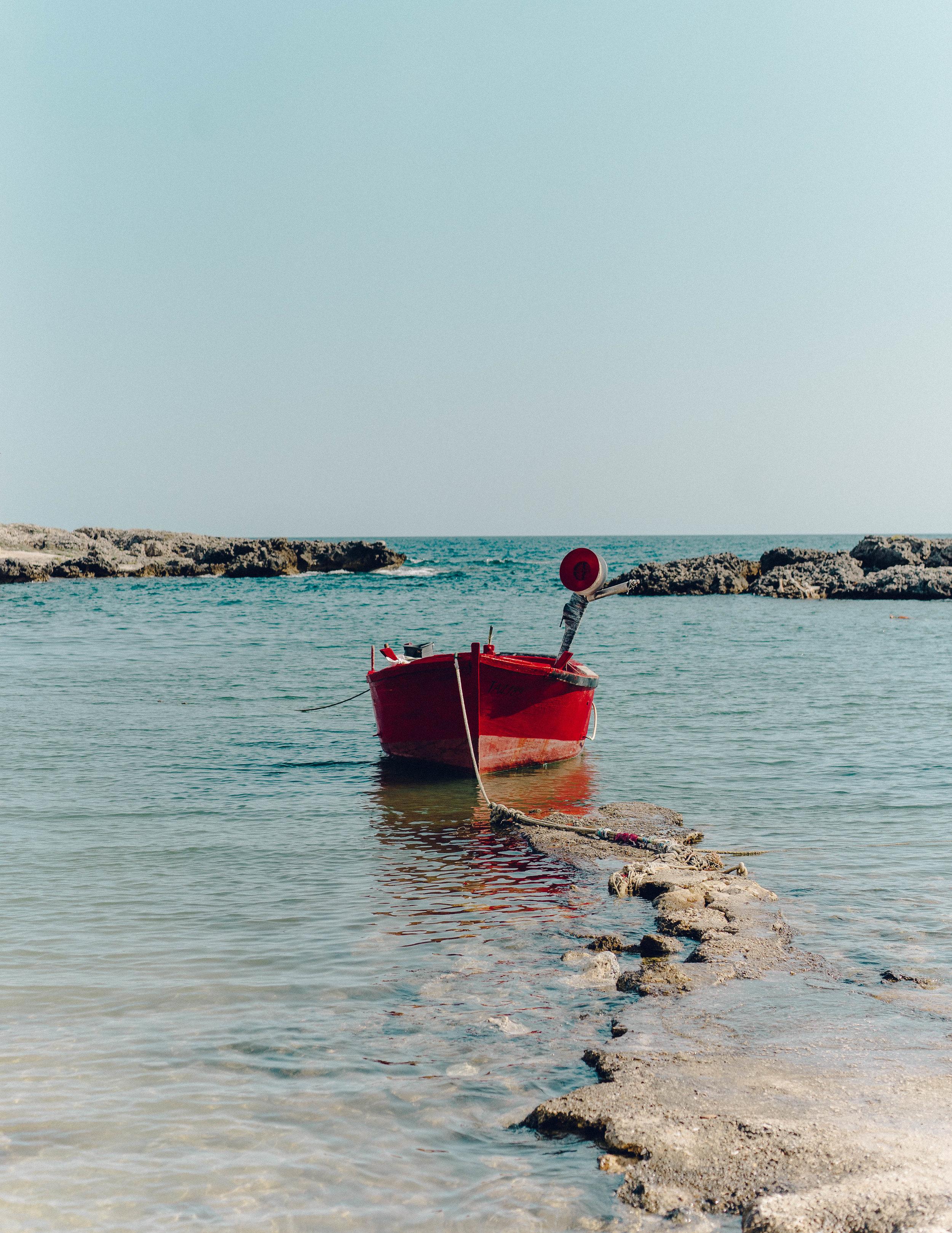 ASROSENVINGE_Roadtrip_Italy_Puglia_Beach-07106.jpg