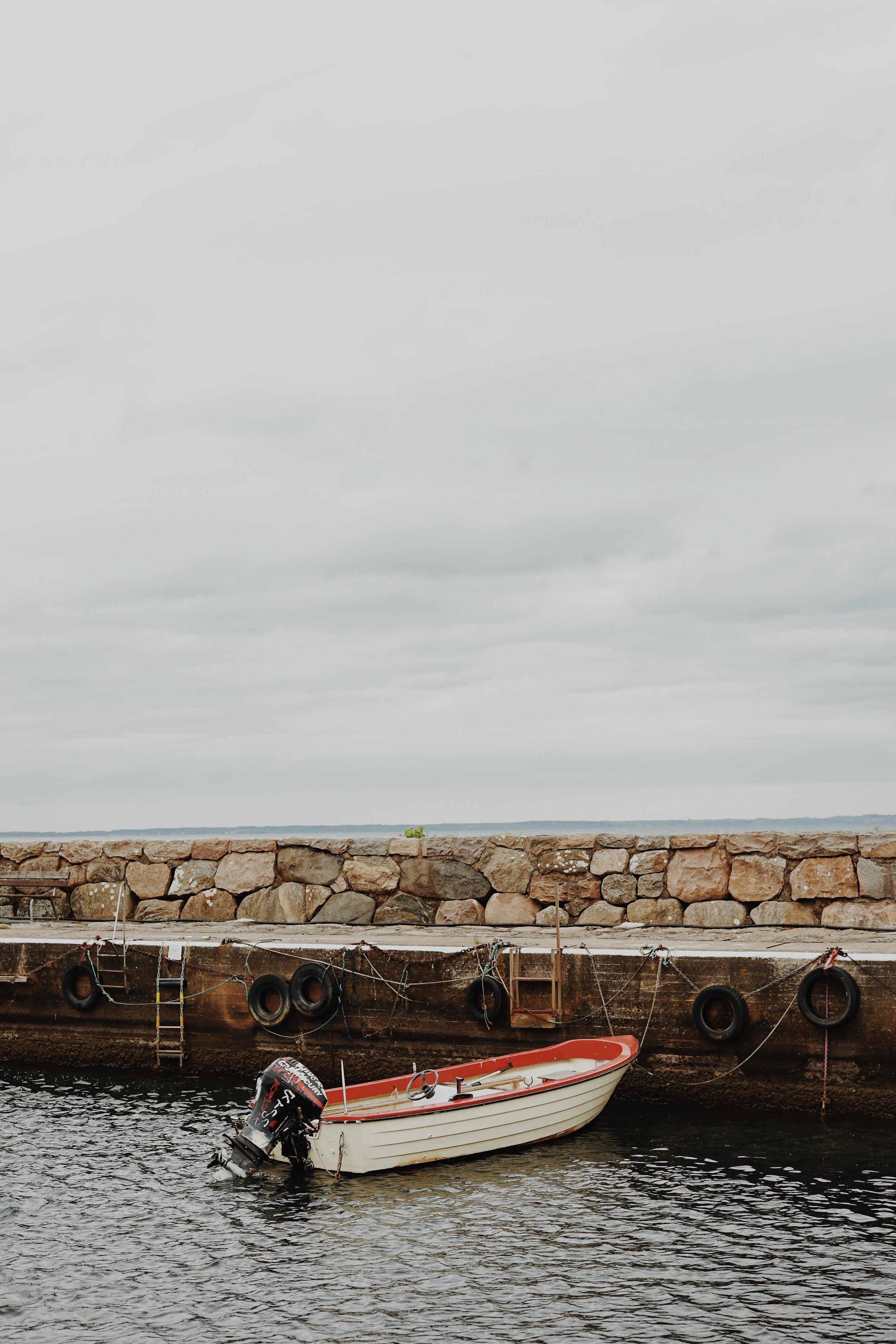 ASROSENVINGE_VisitSkane_Sweden_Magnarps_Harbour_Boat_LowRes-141.jpg