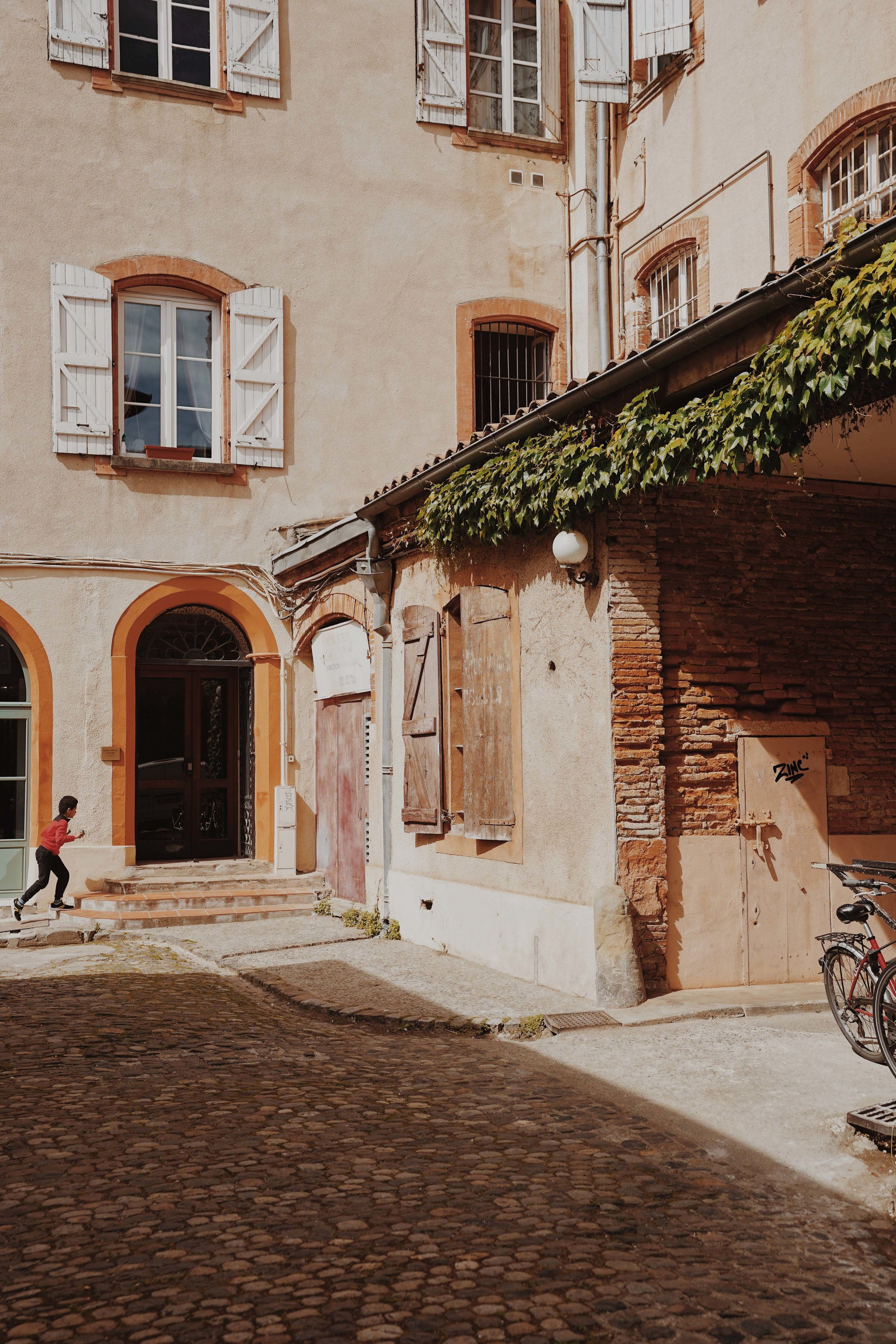 ASROSENVINGE_AtoutFrance_Occitanie_Toulouse_LowRes-6.jpg