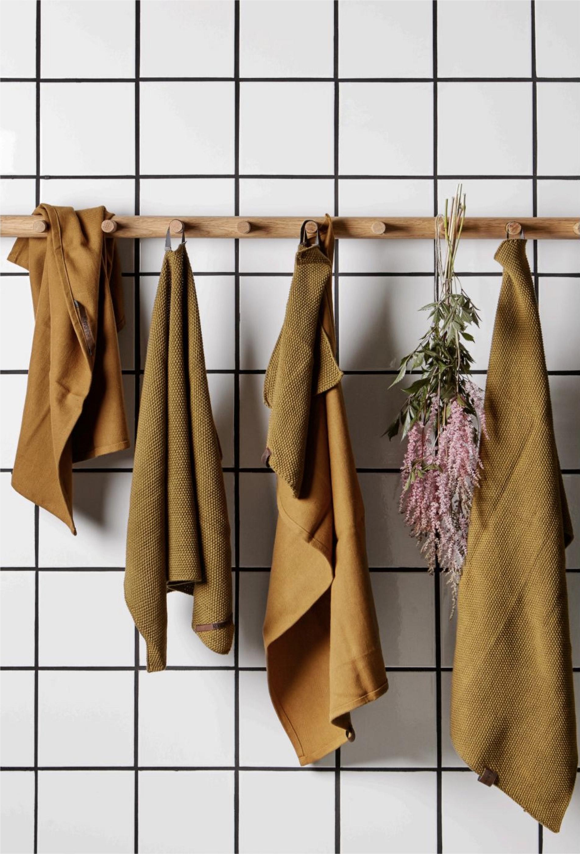 ASROSENVINGE_Humdakin_Formland_Textiles_Kitchen_Curry.jpg