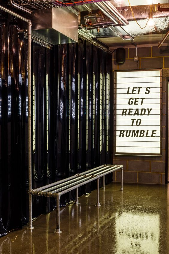 1Rebel - Rumble   Set in the city, the non-stop bag-based workout will get you fighting fit to a killer playlist   Imagery from Pinterest:http://bit.ly/2fayuwV