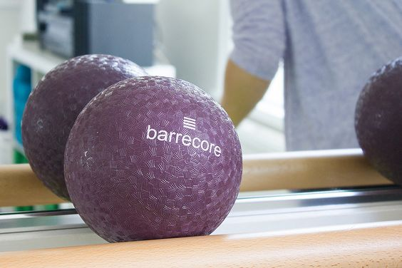 BarreCorre - Barrecorre Mixed   Breath-taking and leg-shaking, Barrecorre's signature class uses isometric exercises and stretching to build your core strength at each of their 3 London studios   Imagery   from Pinterest: http://bit.ly/2eS0F5E