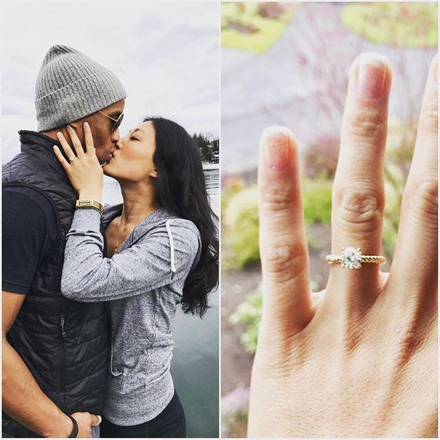 She said yes! #diamondconsultant #chicagojeweler #chicagoengagement