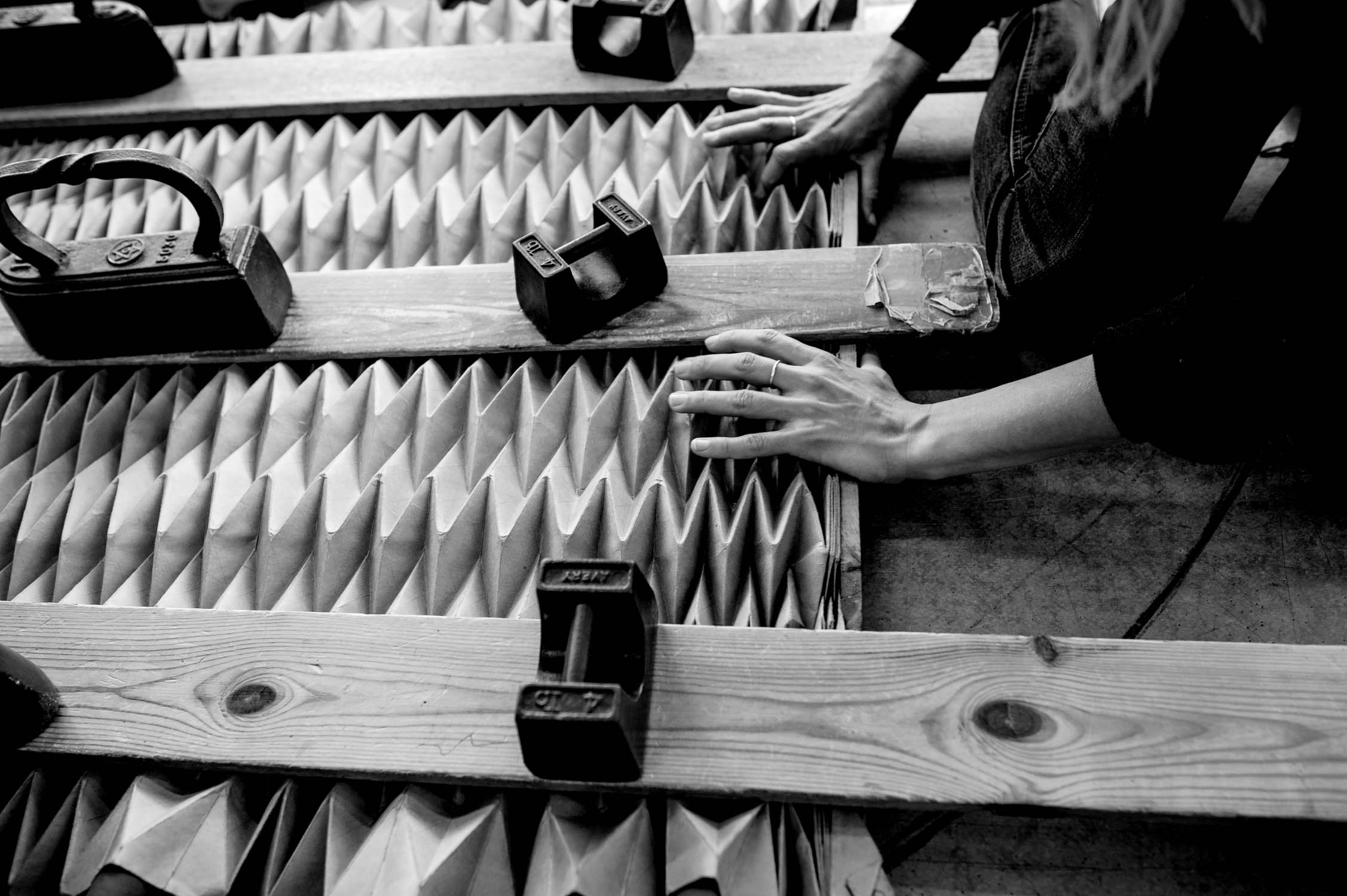 Pleating and Unfolding in process, at Jule Waibel's studio
