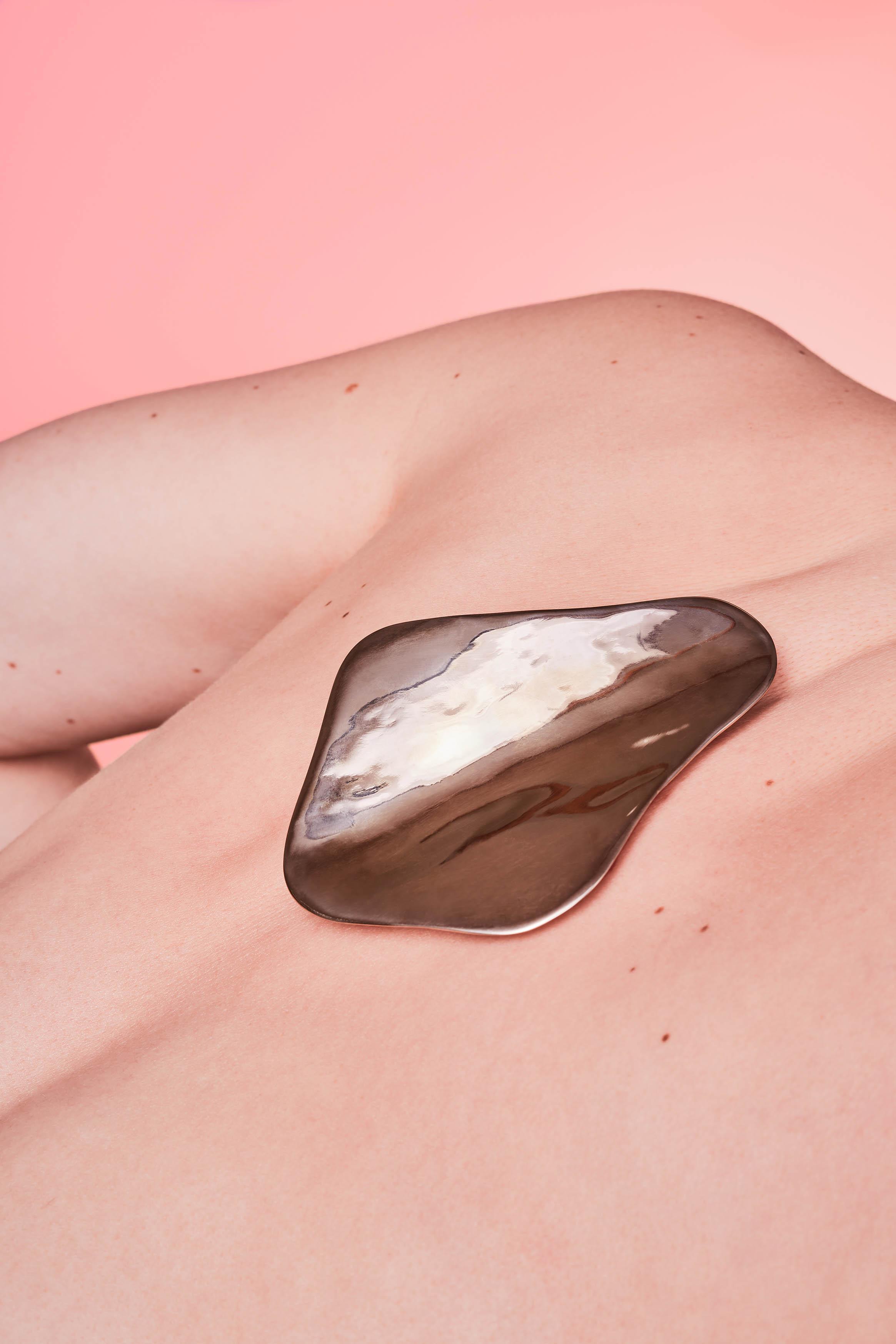 Embracing Touch, Jewelry by Marija Puipaitė