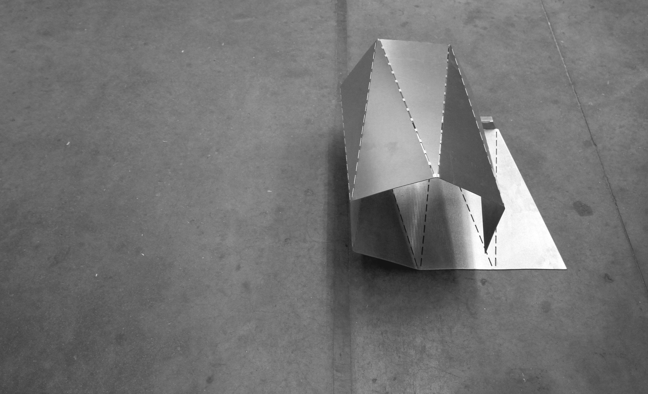 TOStool_folding_3.jpg