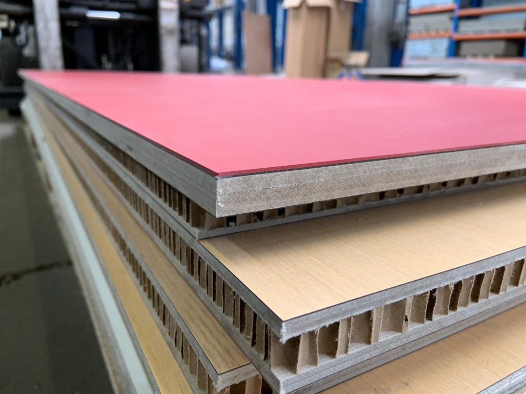 The Niaga ECOR Panel with laminated surfaces which can recycled through the easy removal of the veneer