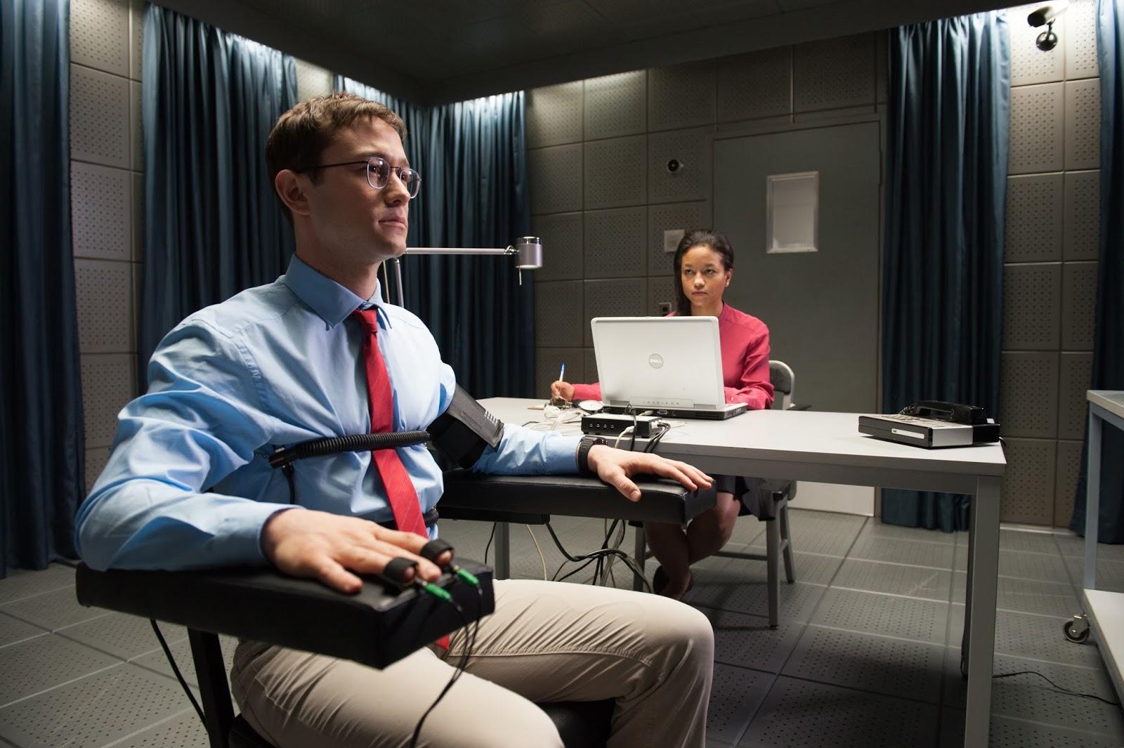 Joseph Gordon-Levitt stars in  Snowden