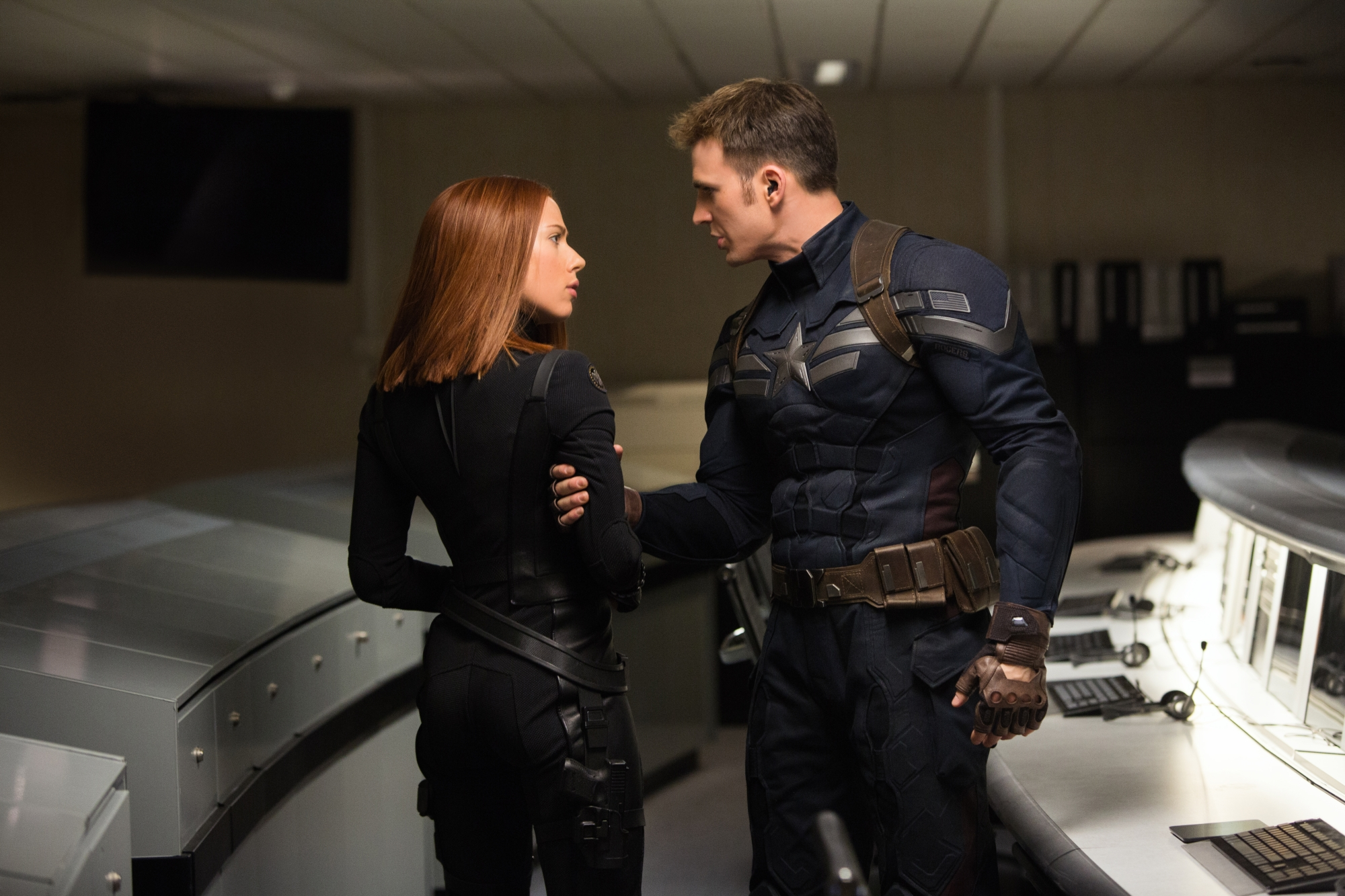 captain-america-the-winter-soldier-scarlett-johansson-chris-evans.jpg