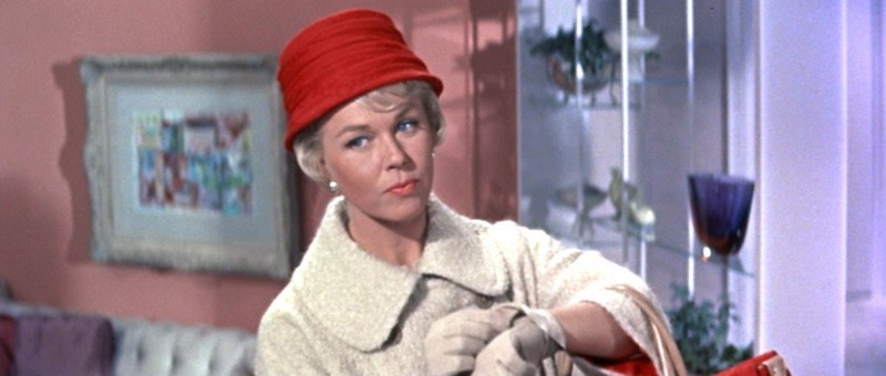 Pillow-Talk_Doris-Day_red-hat-top1.jpg