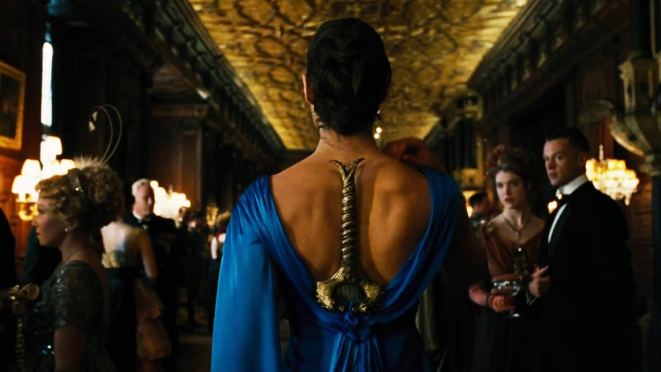 wonder-woman-dress-in-movie-1-1360x765.jpg