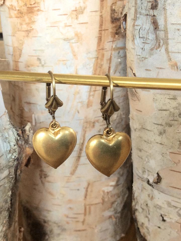 e-ch11<br>brass heart</br>