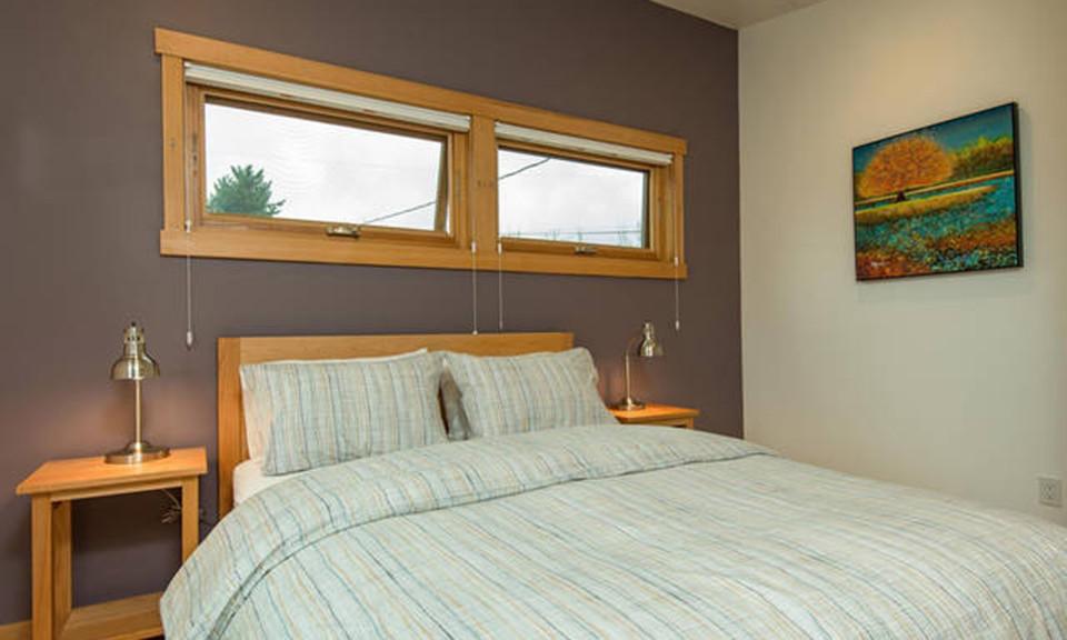 Upper-Bedroom-960x576.jpg