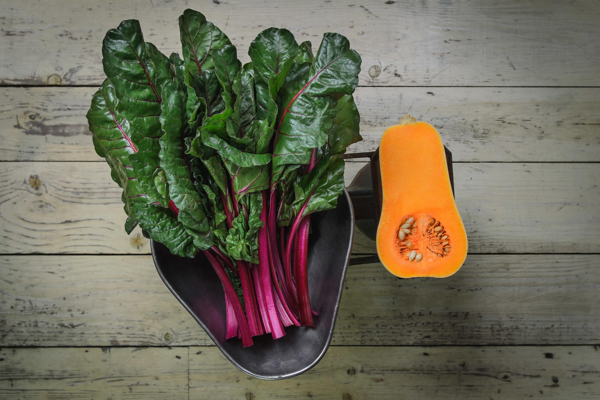 Vegetables_on_scale_1.jpg