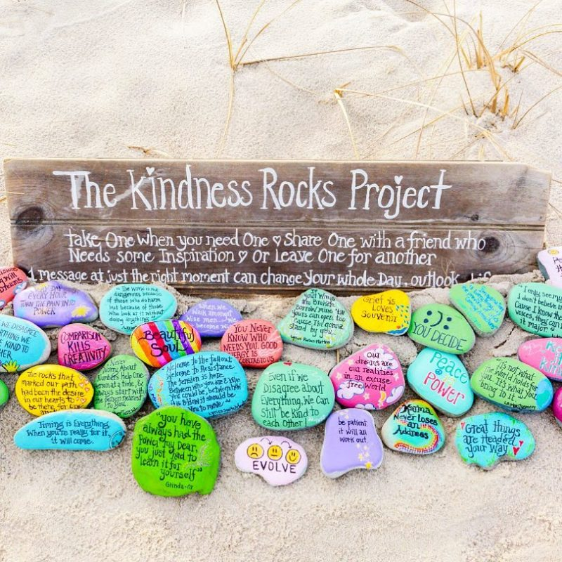 kindness rocks.jpg