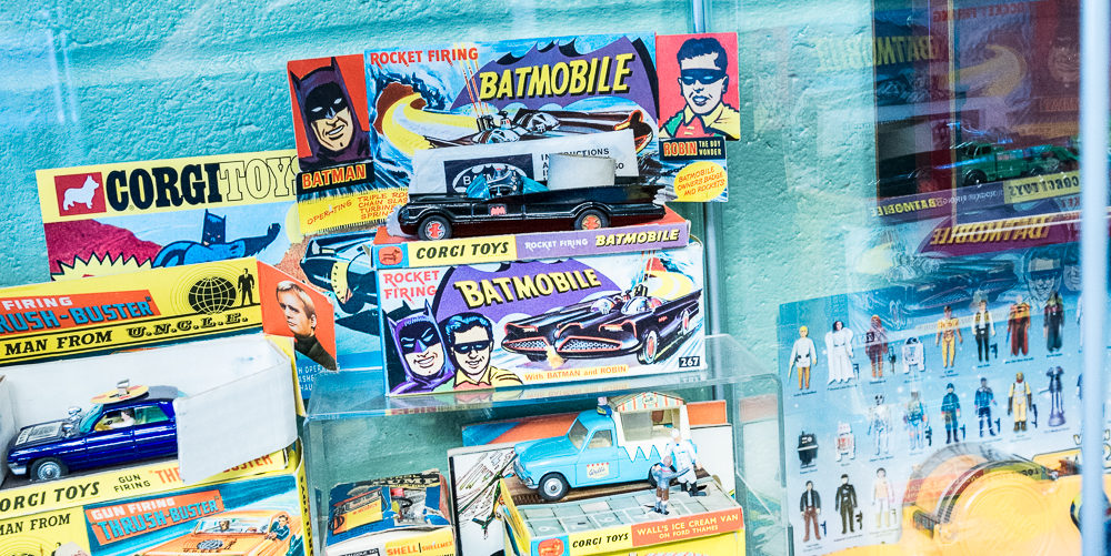 Martins Toy Shop Walthamstow 2.jpg