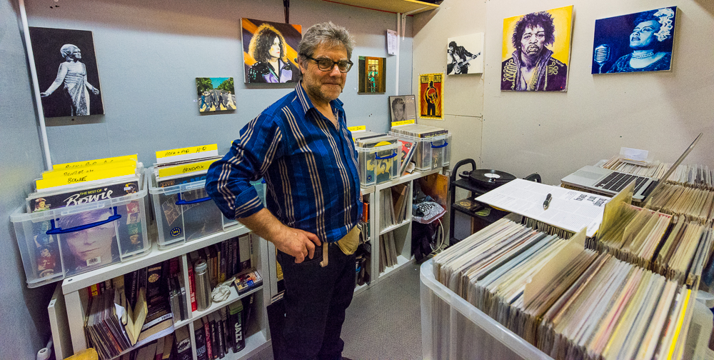 VINYL VANGUARD    Simply passionate about all music. drop in and talk to mike about your musical taste, swap, buy and purchase from the collection of vinyl on offer.
