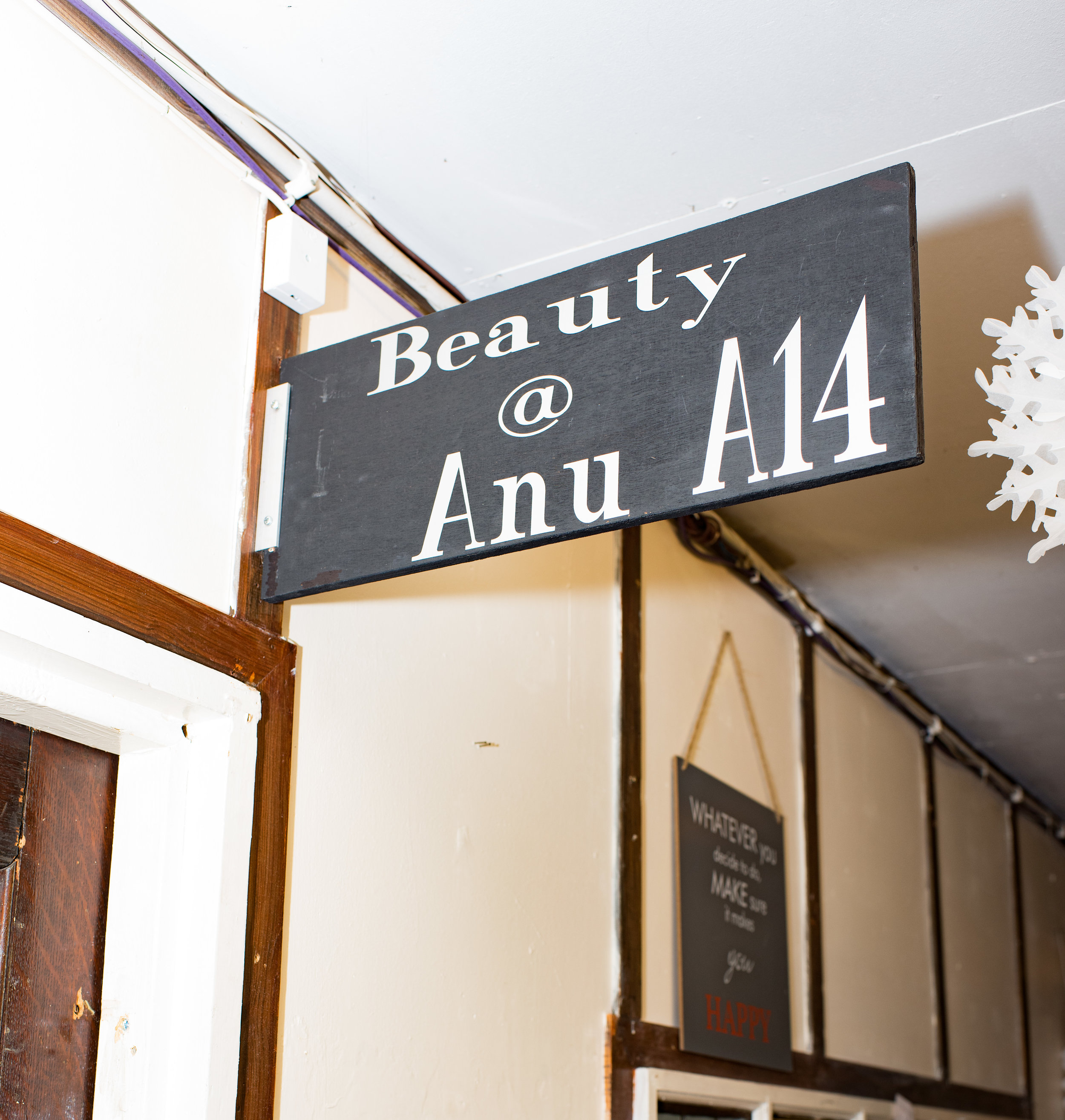Beauty@ANU   Anu is a highly trained beautician and massage therapist offering everything from threading to eye brow tinting and indian head massage to full body massage all at very reasonable prices.