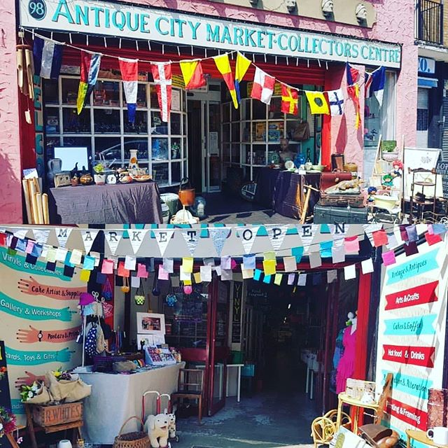 Open today until 5.30pm. And normal hours tomorrow. Pop in and get some Easter treats . #antiques #vintage #retro #cards #gifts #wool #morrocan #blinds #beauty #wedding #art #vinyl #hair #costumes #sweets #flowers #bikes #collectables #toys #tacos