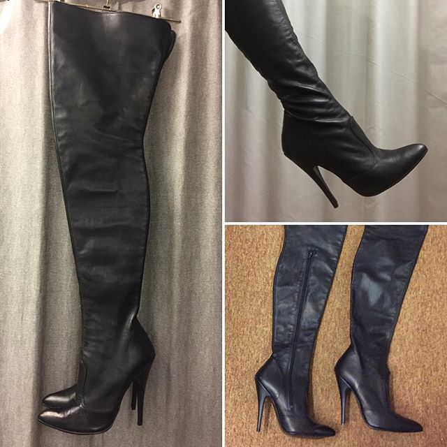 "Check out these super sexy super long leather boots, size 6. Unfortunately the zip wouldn't go over my chunky calf, (hence just a pic of my foot sadly) so for slender limbs only I'm afraid. The actual boots is 32"" long and the heel is 5"". I excellent condition #fetishboots #thighhighboots #leatherboots #dominatrixboots #dominatrixstyle #sexyboots"