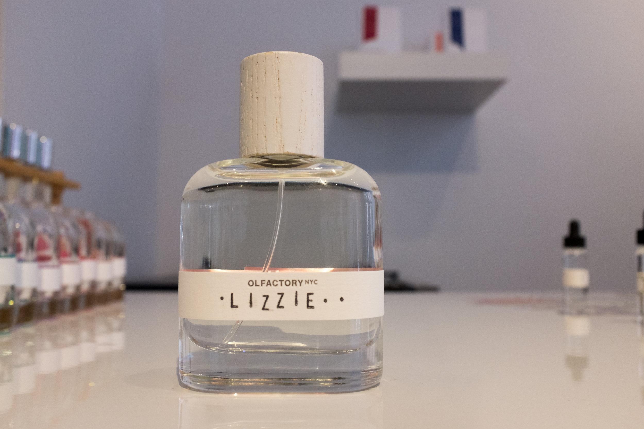 lizzie-bottle (1 of 1).jpg