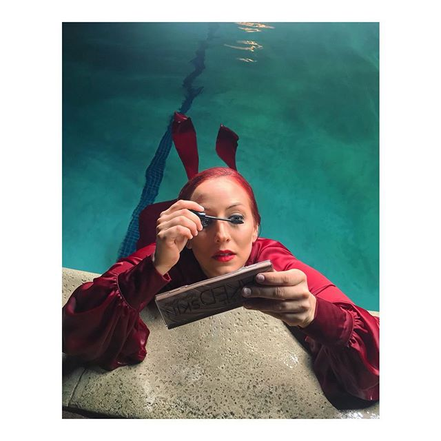 night swim w/ a side of waterproof mascara 🧜‍♀️💦💋#mermaid #life #ladyinred #musicvideo #videoshoot #pool #water #makeup #makeupforever #myfavorite #waterproof