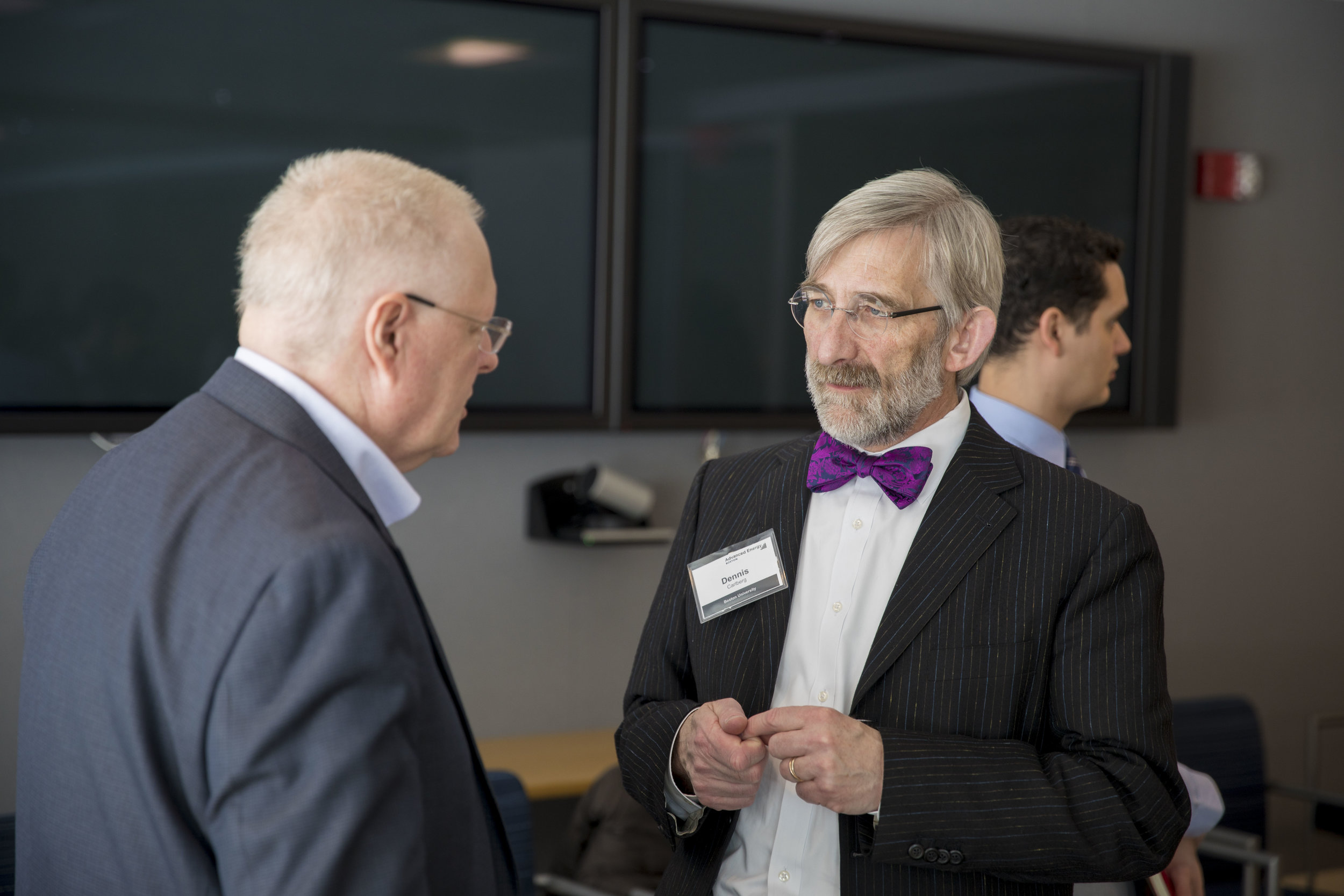 Dennis Carlberg and Ken Packard, Director of Utilities at MIT, converse during the break