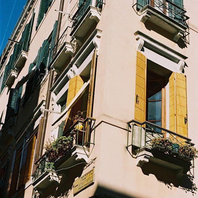 Roma, Italy • • • • • #photography #film #windows #rome #italyphoto #yellow #mood #filmphotograph #ishotfilm #kodakportra400 #portfolio #travel #inspiration #natgeotravel