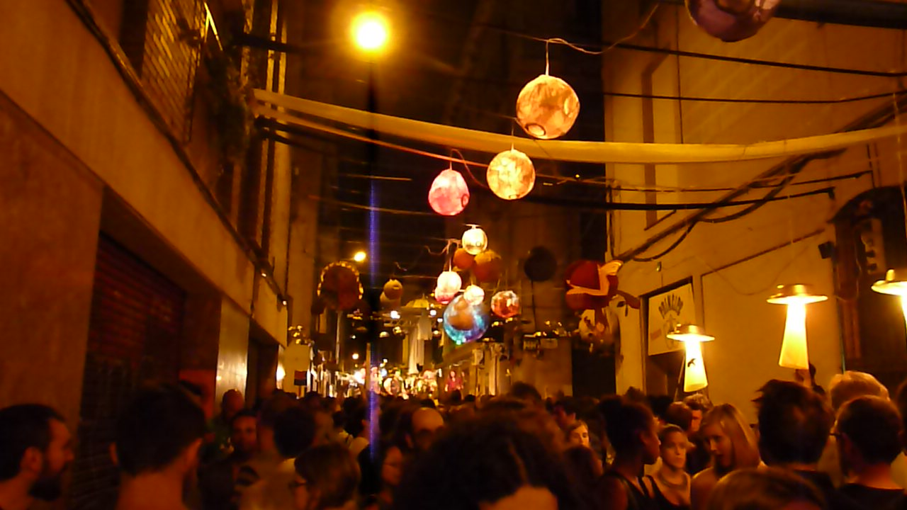 Festival-Gracia-Space-Street.jpg