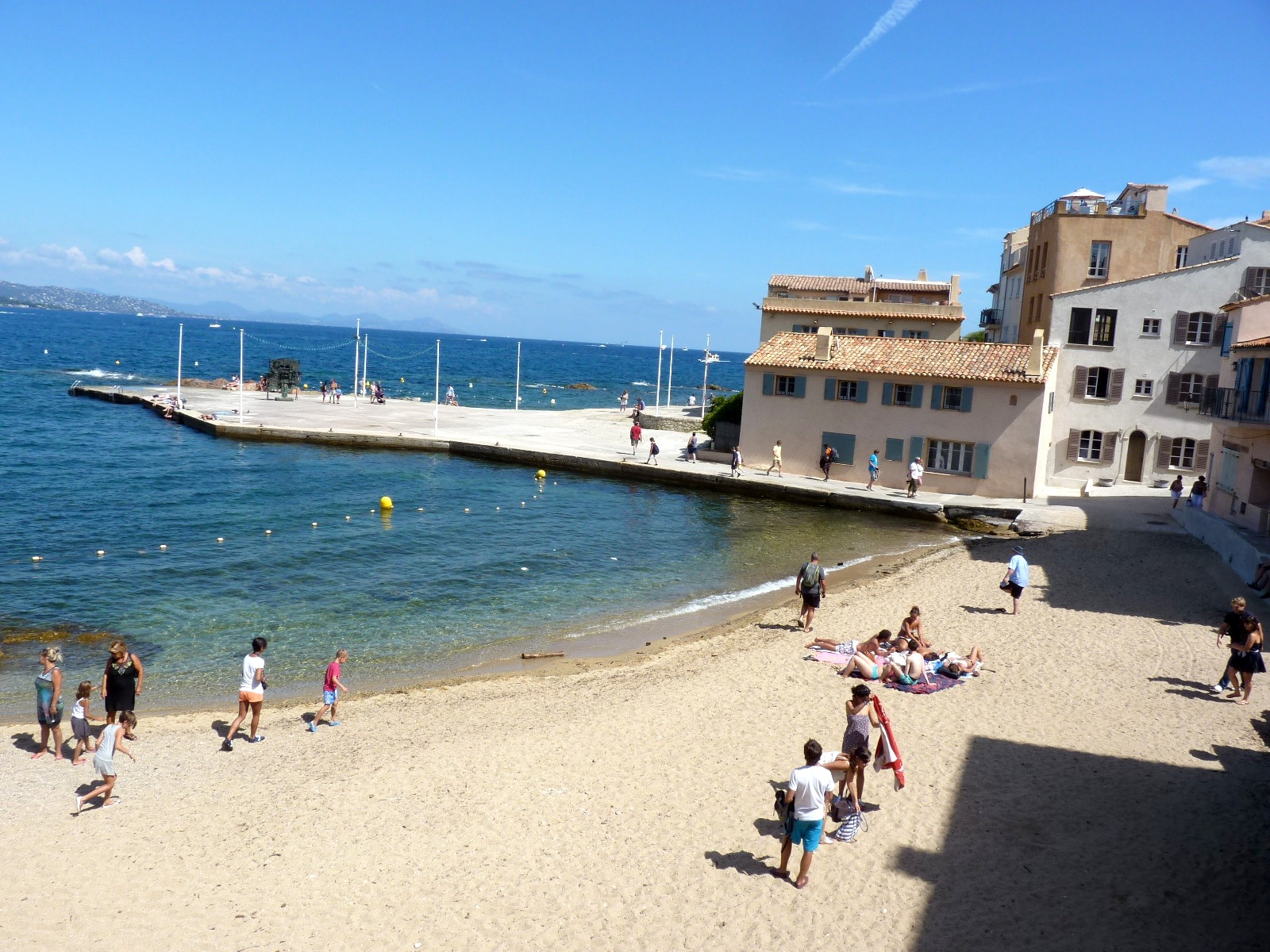 St-Tropez-tiny-beach.jpg