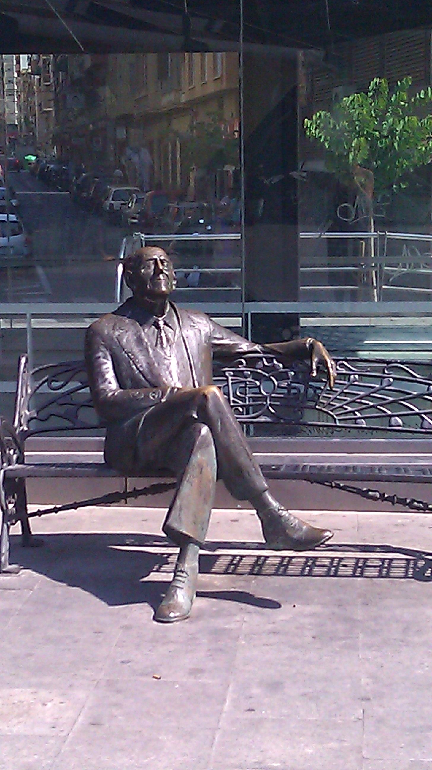 Public-Art-Enjoying-the-Sun.jpg