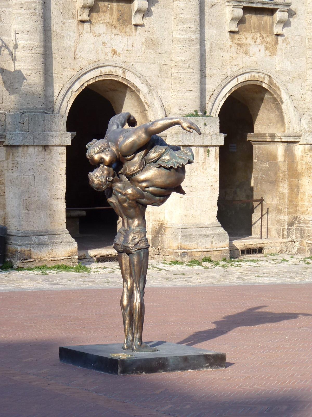 Modern-sculpture-installation.jpg