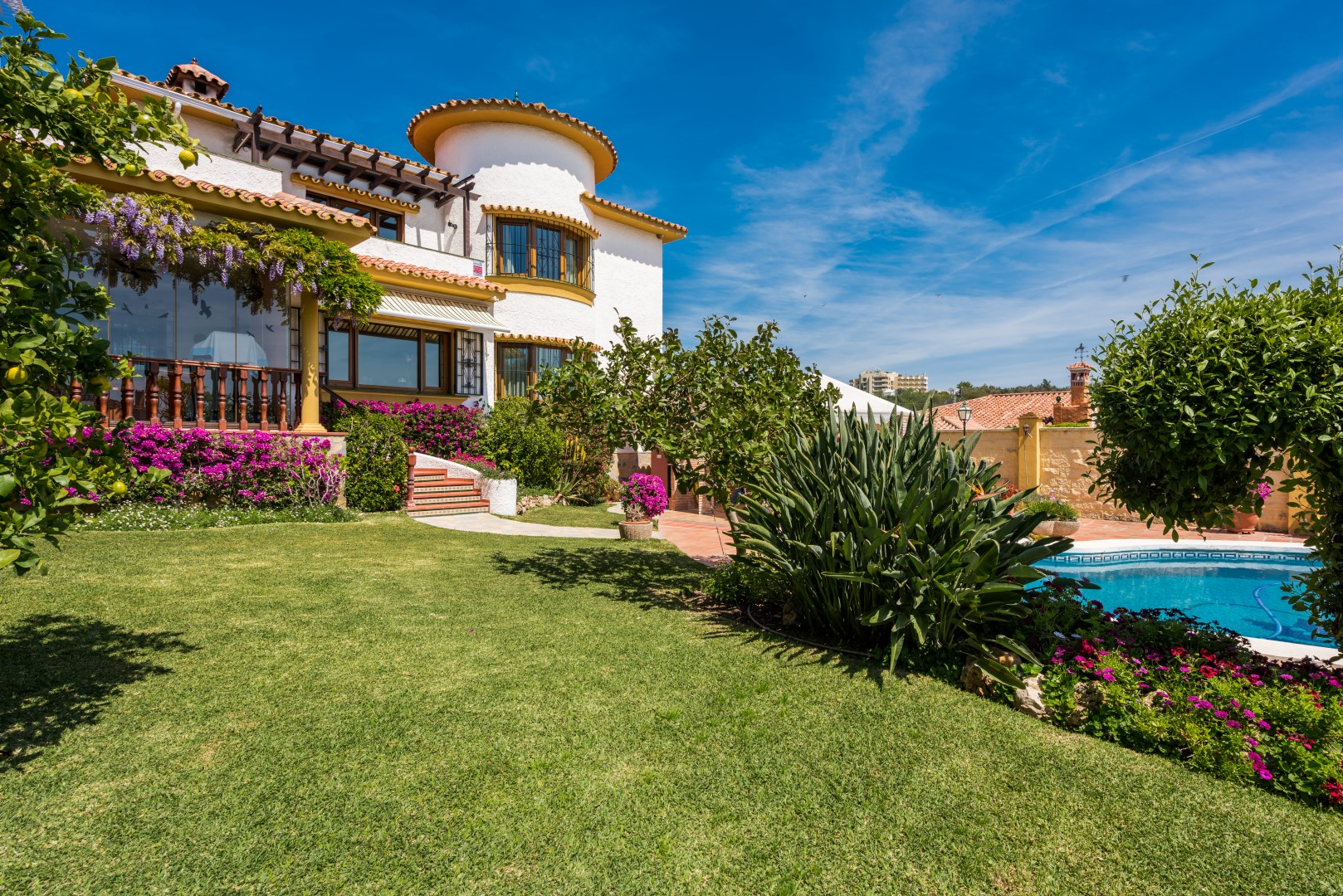 Villa Lindasol A (Large).jpg