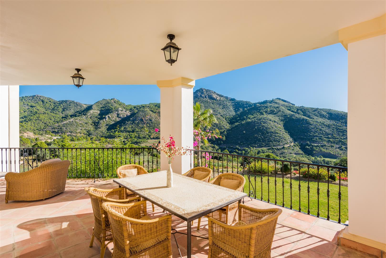Villa Montemayor-B1 (Large).jpg